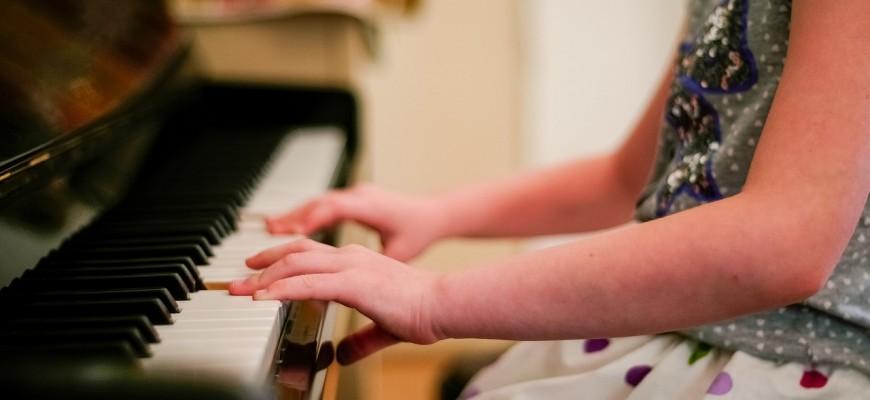 piano-2323844_1280