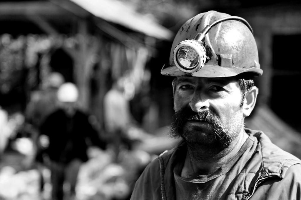 miner-1903636_1920